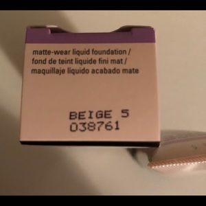 Mary Kay Other - Beige 5-Timewise matte-wear liquid foundation